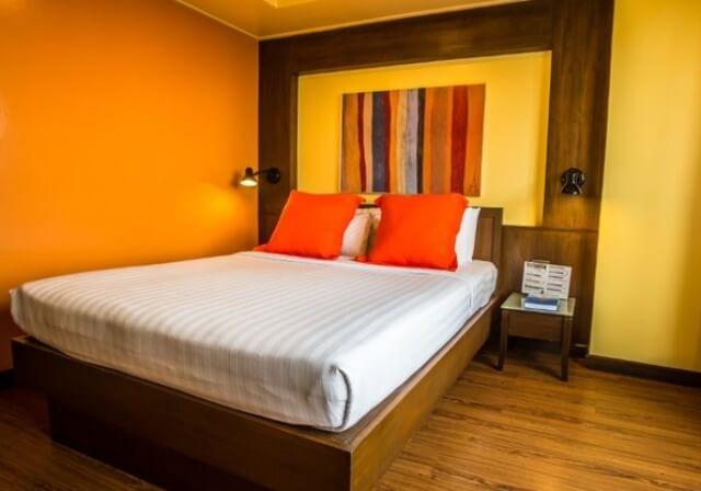 ホワイクワン地区◆AIR&ホテル◆お値打ち!バンコクチャダ
