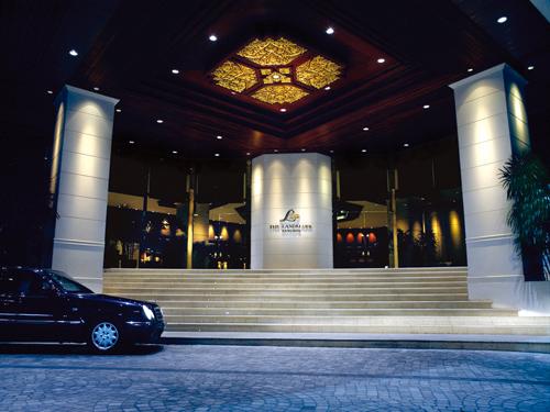 《AIR+ホテル》スクンヴィット地区◇ザ・ランドマーク・バンコク (プレミアルーム)滞在【成田/午前発】タイ航空で行くバンコク4日間