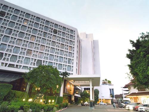 【航空券+ホテル】モンティエンバンコク4日間-言わずと知れた?シーロムの老舗ホテル-