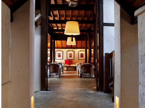 タイ&インターナショナル料理が楽しめる「RUEN TAMARIND RESTAURANT」エントランス
