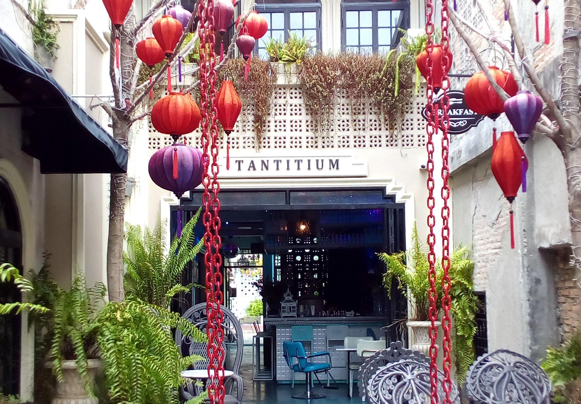 可愛いタウンのレストランでタイランチを/イメージ