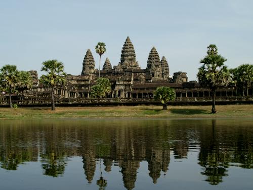 午前便利用◆魅惑の世界遺産・アンコールワット&バンコク周遊◆