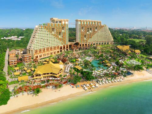 【航空券+ホテルパック】センタラグランドミラージュビーチリゾート4日間