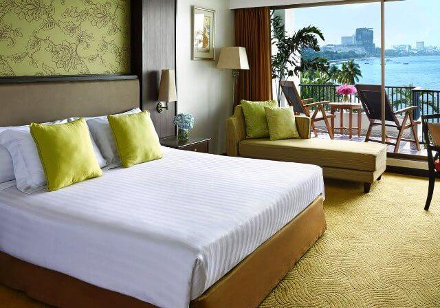 【タイ国際航空・午前直行便】 パタヤでは貴重!プライベートビーチを有する大型リゾート デュシタニパタヤ(デラックス・シービュールーム)滞在5日間