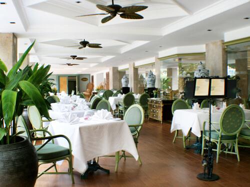 タイ&インターナショナル料理が楽しめる「ガーデンテラスカフェ」