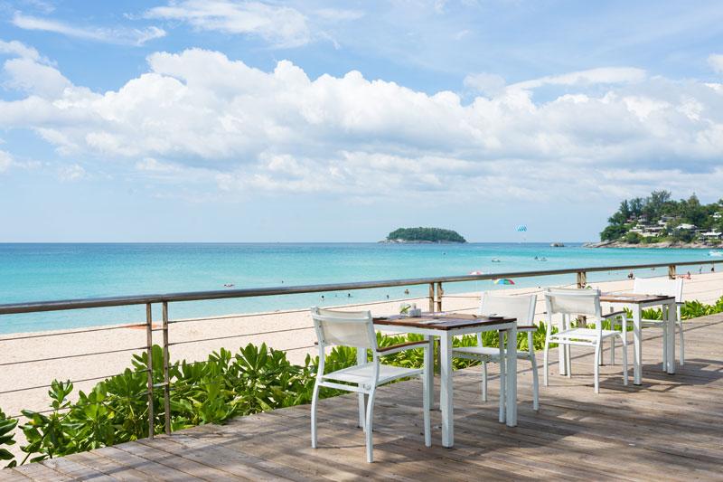 ★まだ間に合う夏旅行★【関空/午前発】白砂ビーチがすぐ!のんびりカタタニリゾート5日間