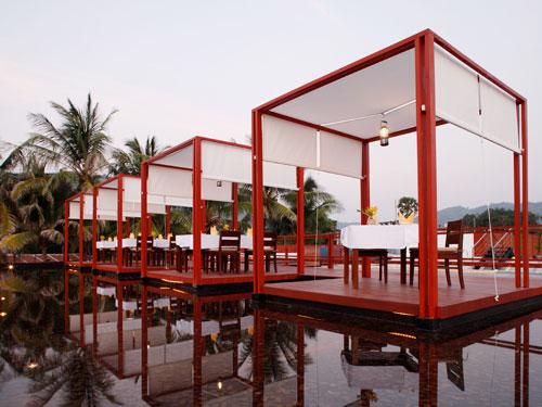 ラ・フローラパトン滞在5日間◆オンザビーチのデラックスホテル◆