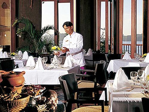 レストラン(室内)