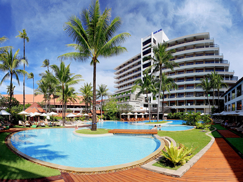 ◆得するTrip◆パトンビーチホテル 夕食1回&アーリーチェックイン&レイトチェックアウト付き!