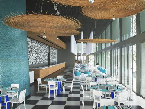レストラン『La Sirena』