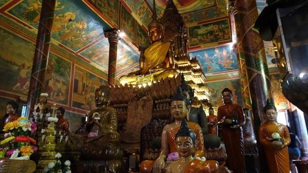プノンペンの寺院