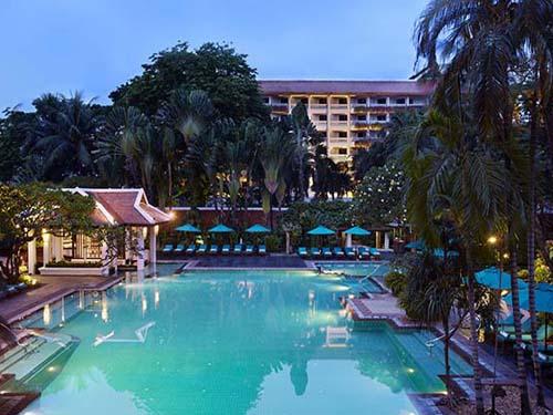 煌びやか大都会バンコク☆チャオプラヤ川沿いのリゾートホテル ゆったりアナンタラリバーサイドバンコク4日間