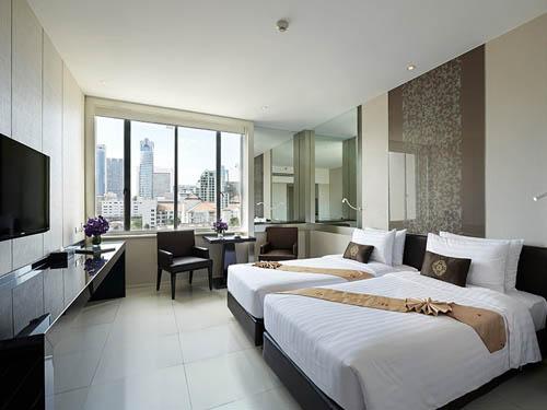 マンダリンホテル(デラックスルーム)客室一例
