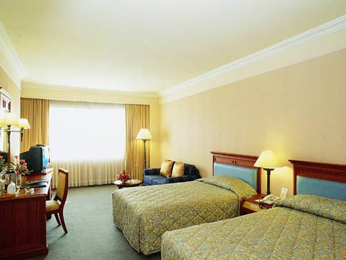 嬉しいレイトチェックアウト付き!◆ロイヤルベンジャホテル滞在