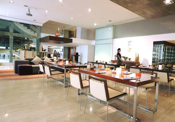 レストラン Cafe SOI イメージ
