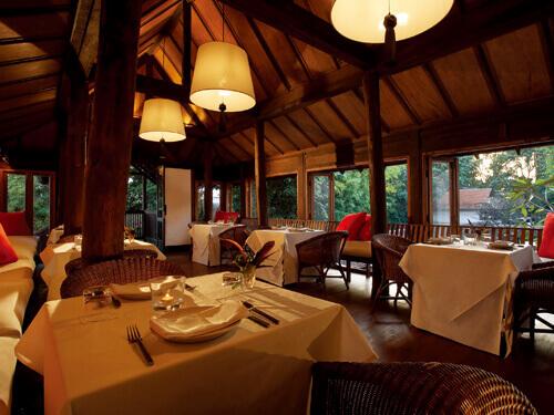タイ&インターナショナル料理が楽しめる「RUEN TAMARIND RESTAURANT」 イメージ/タマリンド・ヴィレッジ