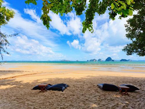 ベストシーズン到来!のんびり秘境クラビ☆【関空/午前発】静かなビーチの隠れ家ホテル!タプケークラビ5日間