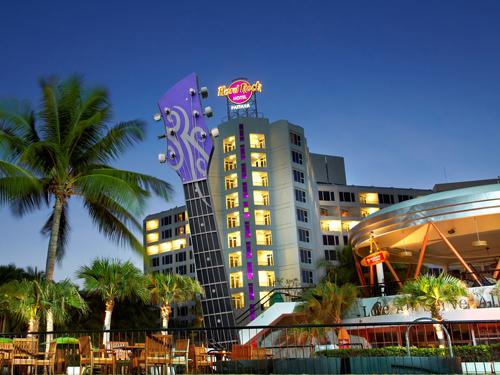 パタヤ中心の人気ホテル!ハードロックホテルでオールナイト!50&15周年特別セール!