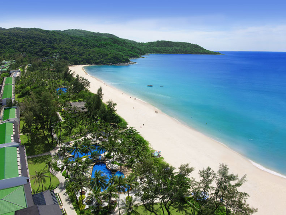 一番人気のホテル カタタニリゾート滞在。6つのプールと6つのレストラン&バーで充実のホテルライフ