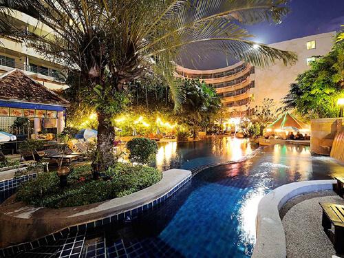 ◆タイを満喫!◆チェンマイ2泊+プーケット2泊+バンコク1泊周遊8日間!